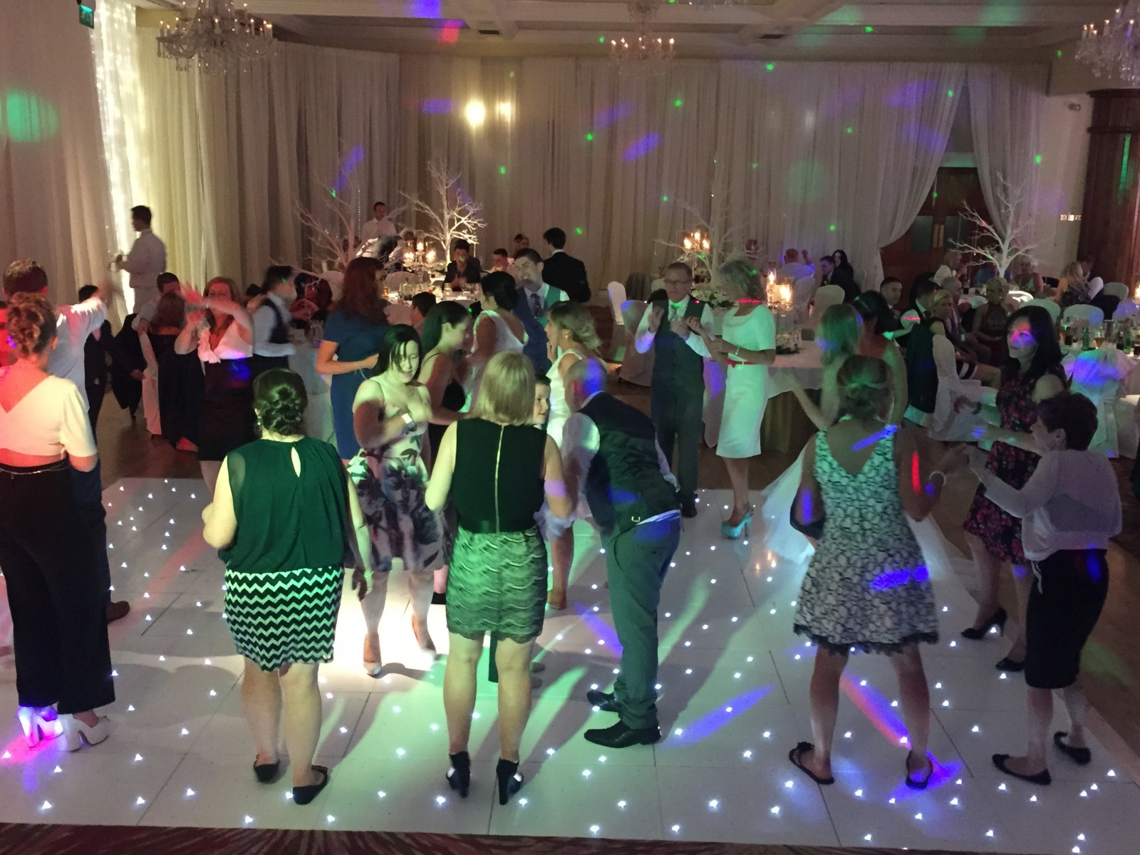 Gallery - dancing Culloden Hotel the wedding disco 2015-06-06 22.40.34